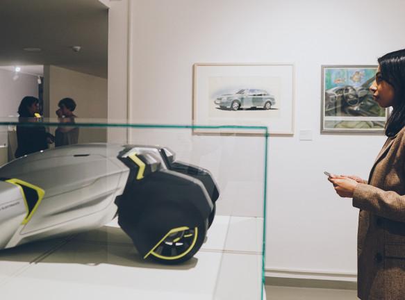 Работы студентов на выставке в Московском музее дизайна