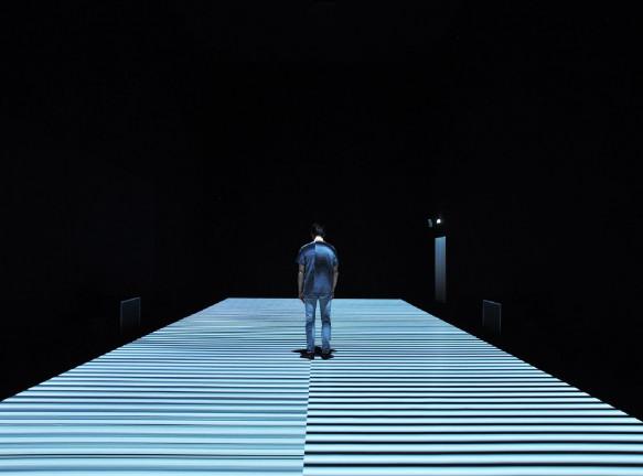 Иммерсивная выставка Рёдзи Икеды в Лондоне