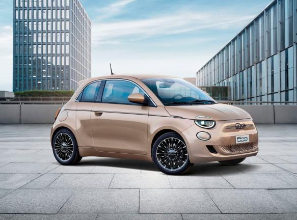 Автомобиль Fiat 500 стал электрокаром