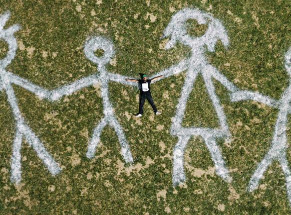 Saype: рисунок на траве в самоизоляции