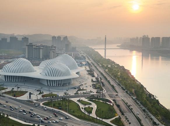 Gmp Architekten: Центр культуры и искусства Гуанси