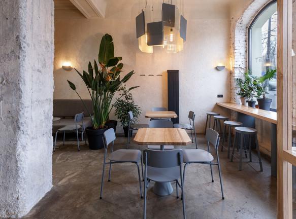 SVOYA studio: кафе с историческими деталями в Днепре