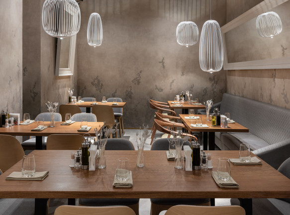Бюро «ЗАРЯ»: реконструкция семейного ресторана в Петербурге