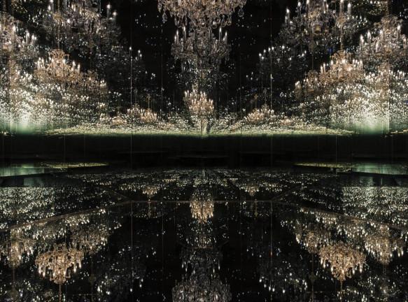 Искусство в 2021: иммерсивные инсталляции Яёи Кусамы