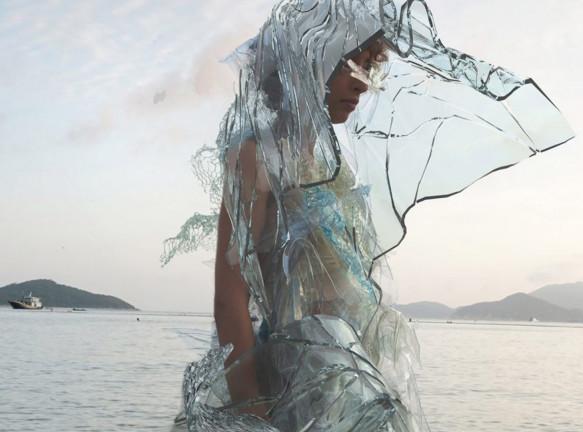 Скарлет Янг: одежда из водорослей