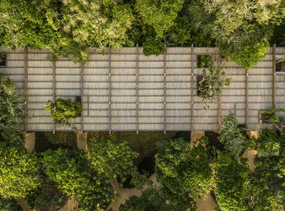 Пляжный дом по проекту Марсио Когана