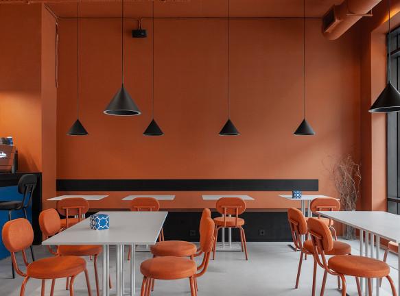 Александра Бурмистрова: контрастное кафе в Москве