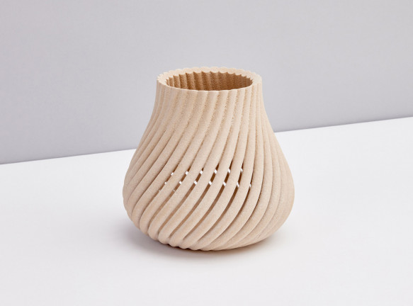 Ив Беар: древесные отходы и 3D-принтинг