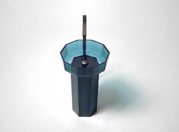 Antoniolupi: инновационный материал Cristalmood