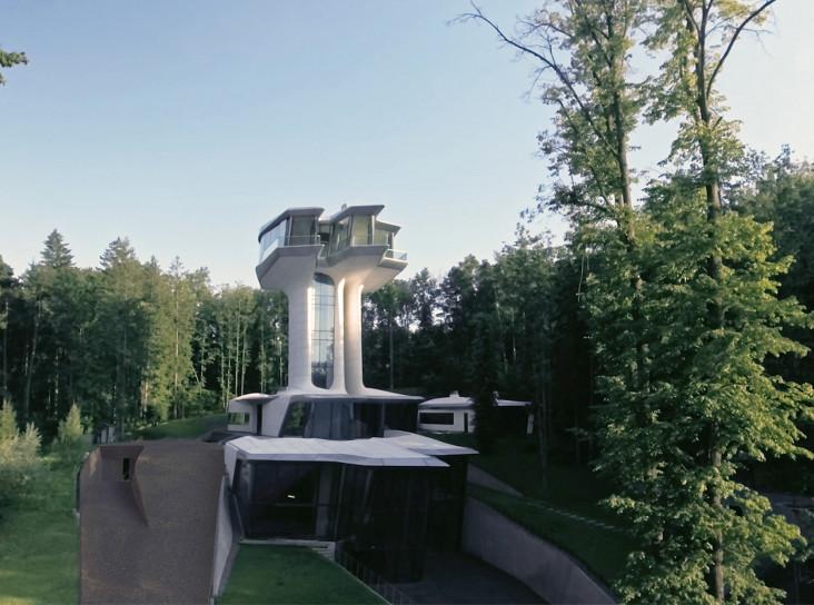 Заха Хадид в России: две знаменитые постройки