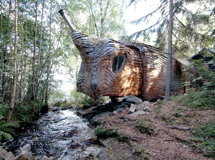 Шведский  Dragspelhuset выставлен на продажу