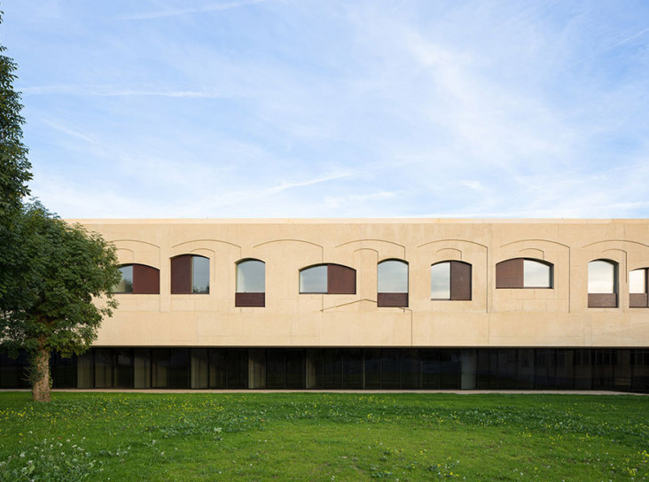 Психиатрический центр по проекту Vaillo + Irigaray Architects