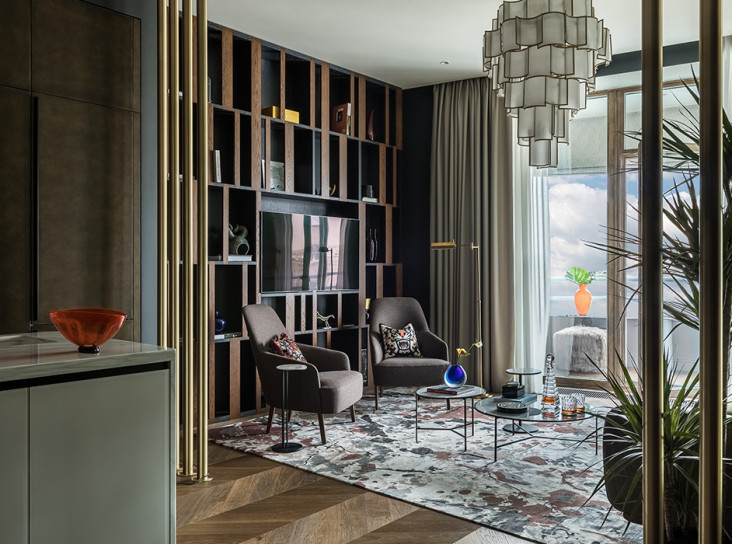 Анна Плотникова: семейная квартира с ярким декором