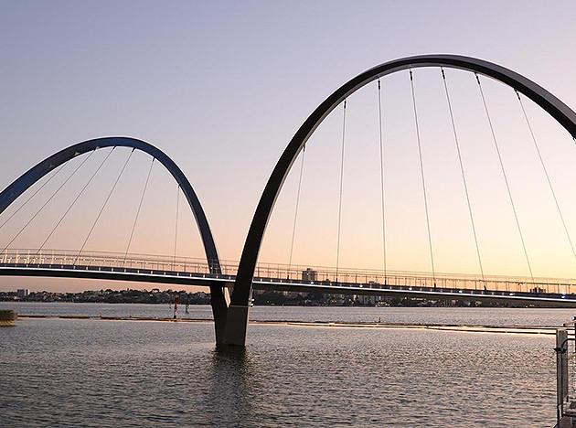 Arup Associates: невесомый мост в Австралии