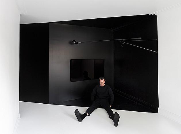 Черно-белые комнаты Жана Вервиля