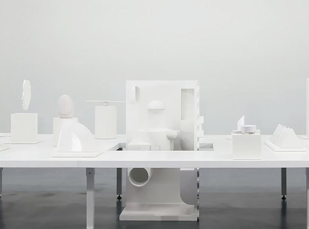 Laufen: скульптуры знаменитых дизайнеров