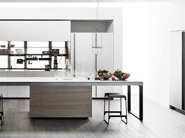 Лаконичная кухня Valcucine