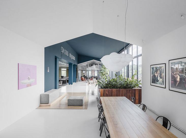 Balbek bureau: офис с баром и бассейном