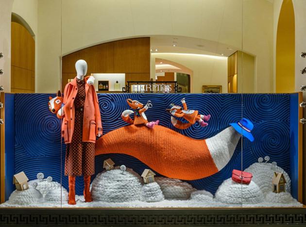 Hermès: новогодние витрины в ГУМе