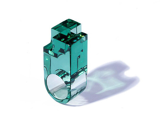 Zaha Hadid Design: выставка украшений