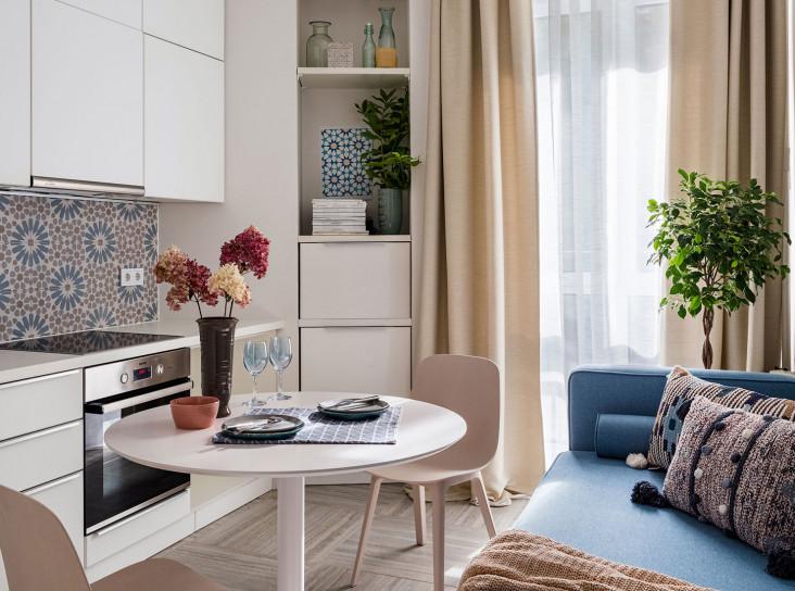 Екатерина Бурдина: маленькая квартира с балконами