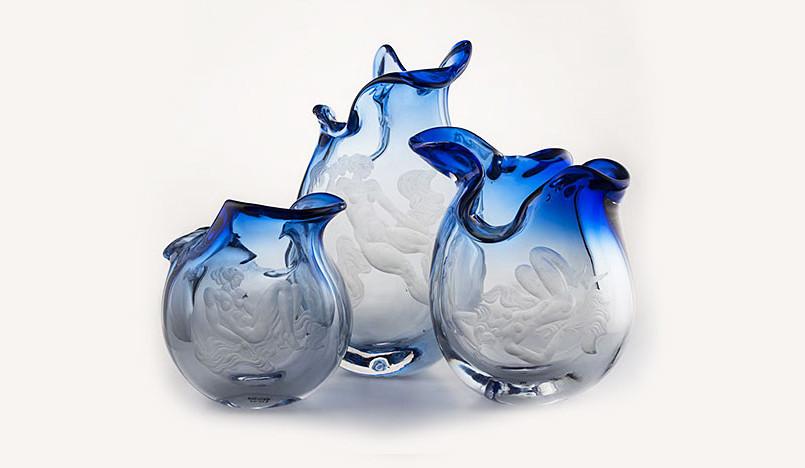 400 экспонатов из стекла на выставке в Москве