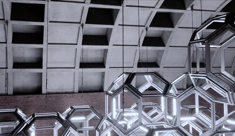 Архитектура монреальской подземки в фильме, снятом на айфон