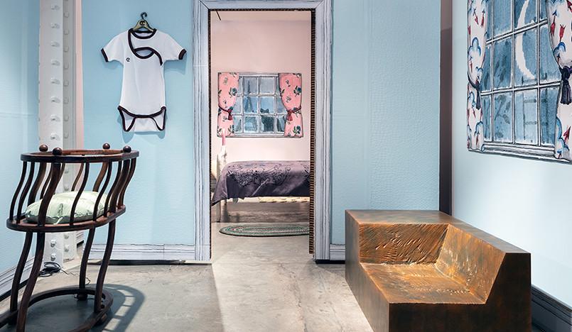 Кукольный домик в галерее Friedman Benda