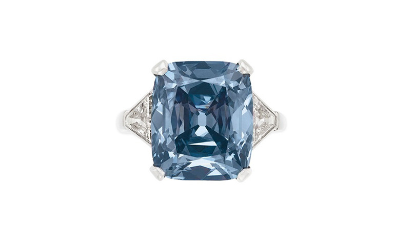 Рекорд аукциона Christie's: кольцо Bvlgari за 18 миллионов