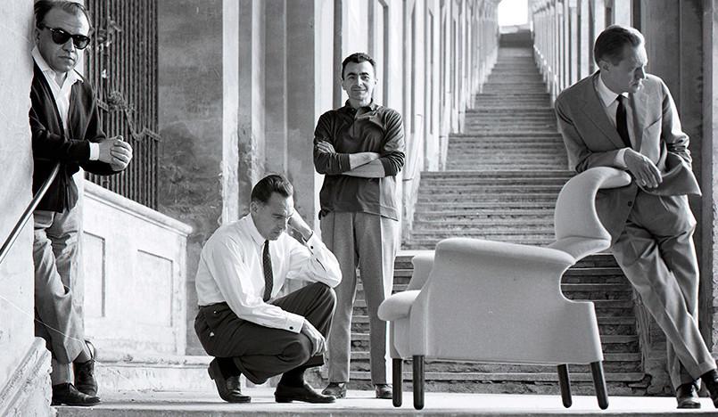 Кресло братьев Кастильони в новой обивке