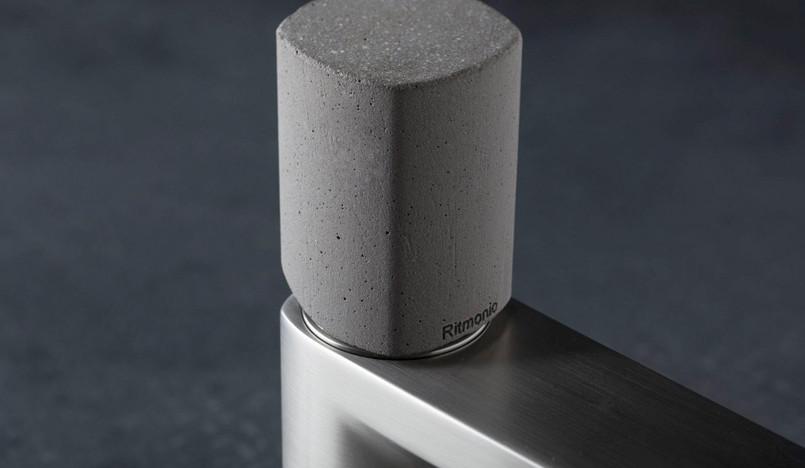 Симоне Микели: геометрия бетона для ванной