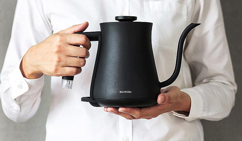 Чайники: высокий дизайн для кухни