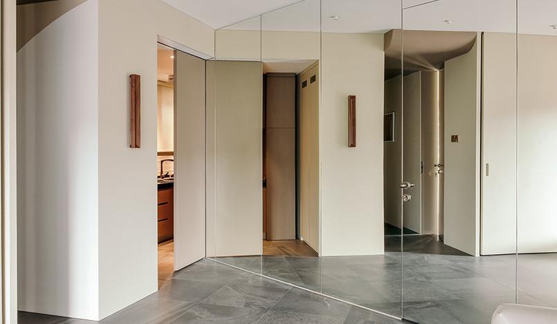 GE Design: зеркальная квартира