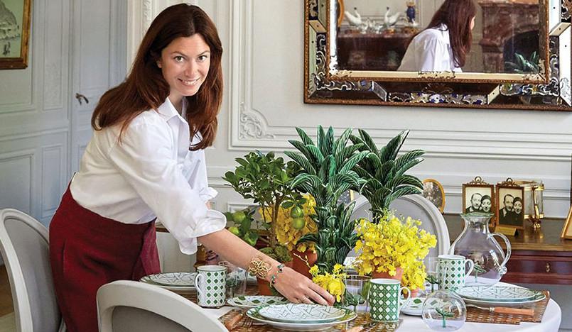Узор каннаж украсил посуду Dior Maison