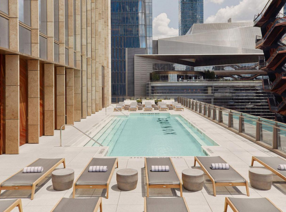 Отель от фитнес-бренда Equinox
