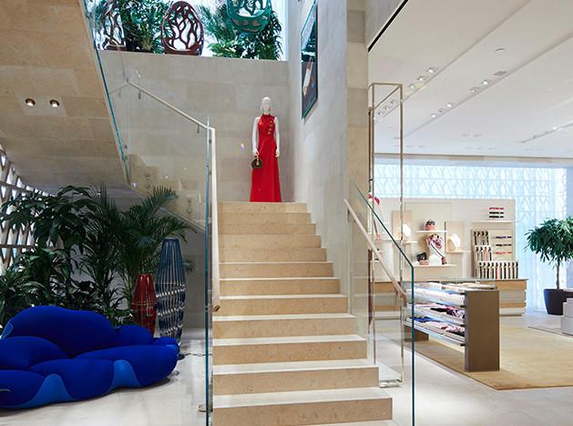 Дом Louis Vuitton во «Временах года»