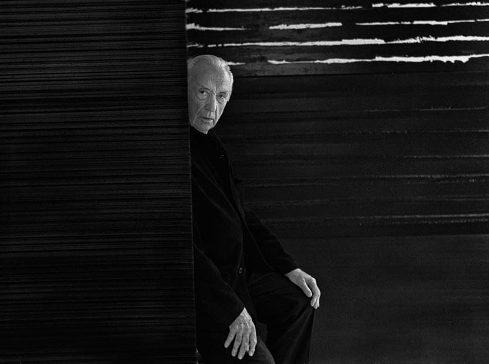 Лувр отмечает столетие художника Пьера Сулажа