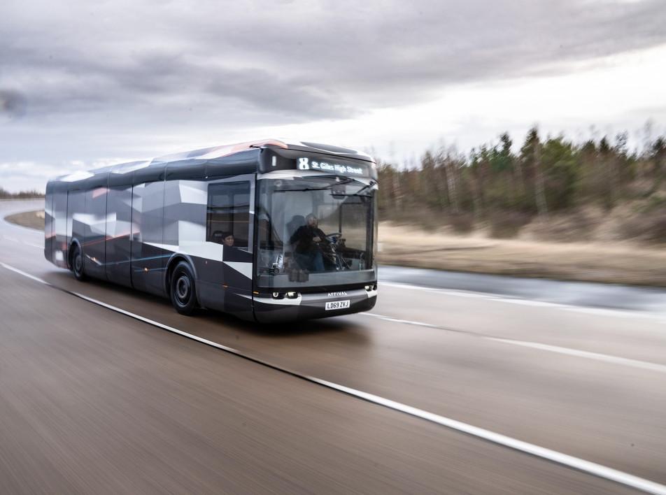 Электро-автобус Arrival: общественный транспорт после пандемии