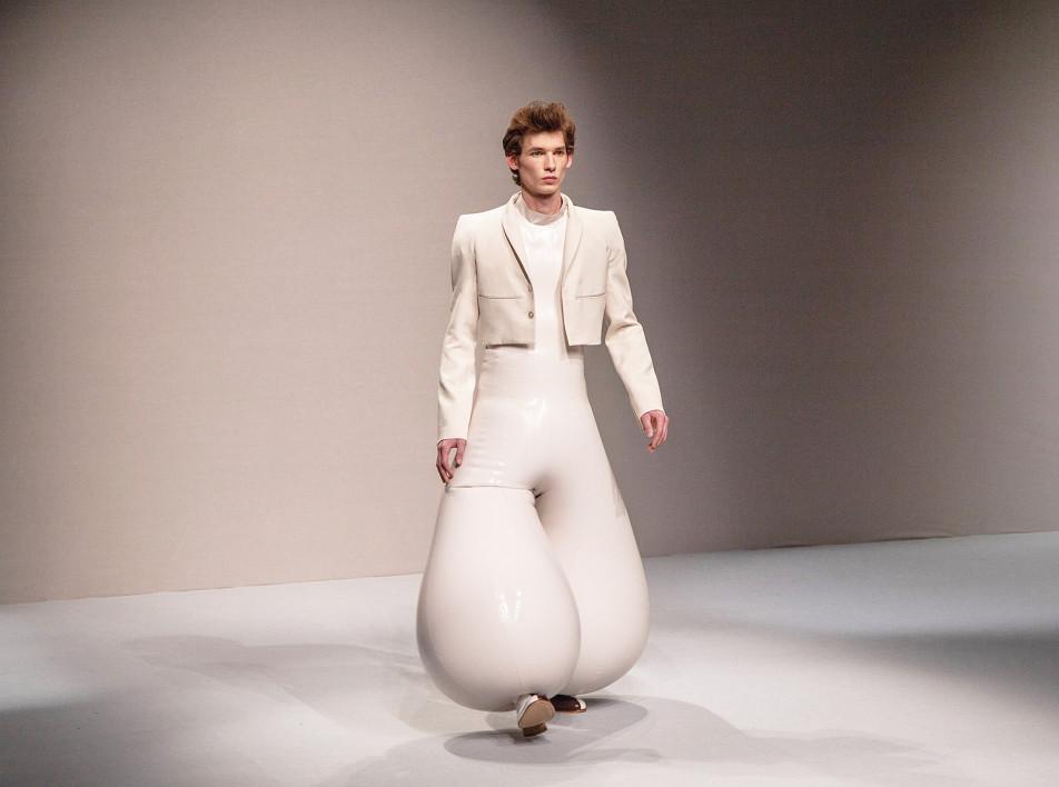 Надувные штаны начинающего дизайнера