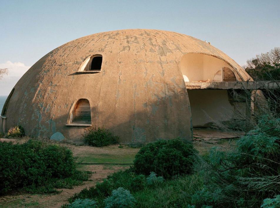Дома для суперзвезд: выставка архитектуры в Йере