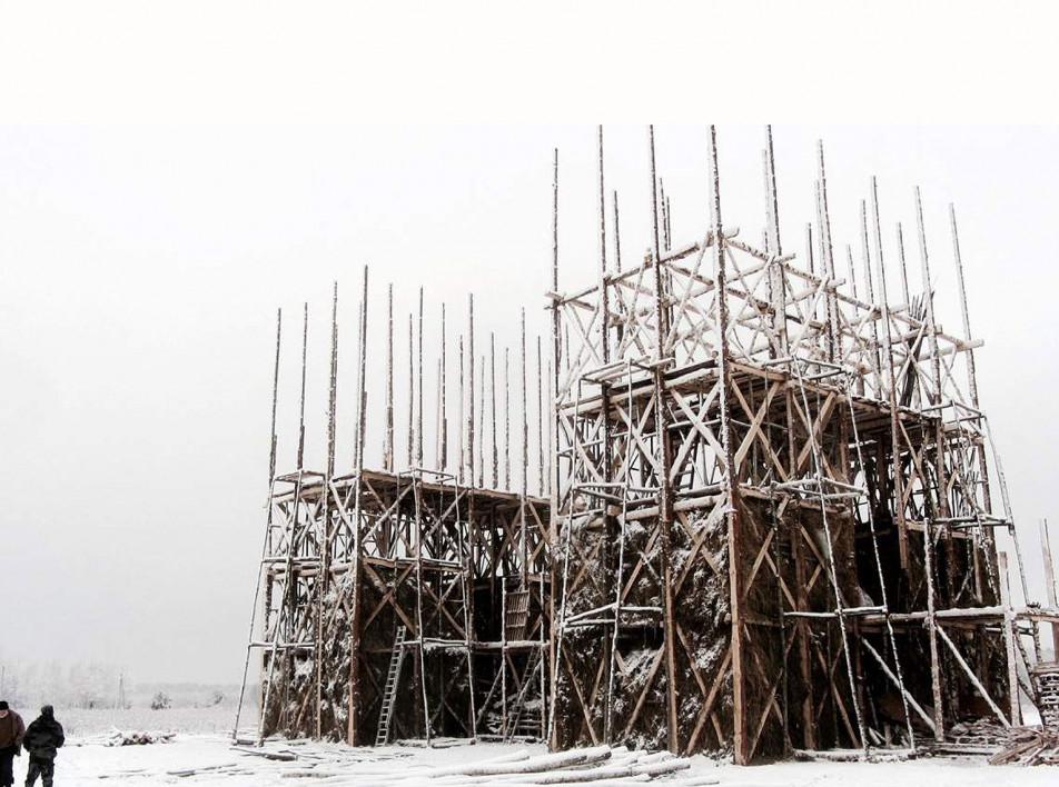 В Никола-Ленивце сожгут мост из Брейгелевской зимы