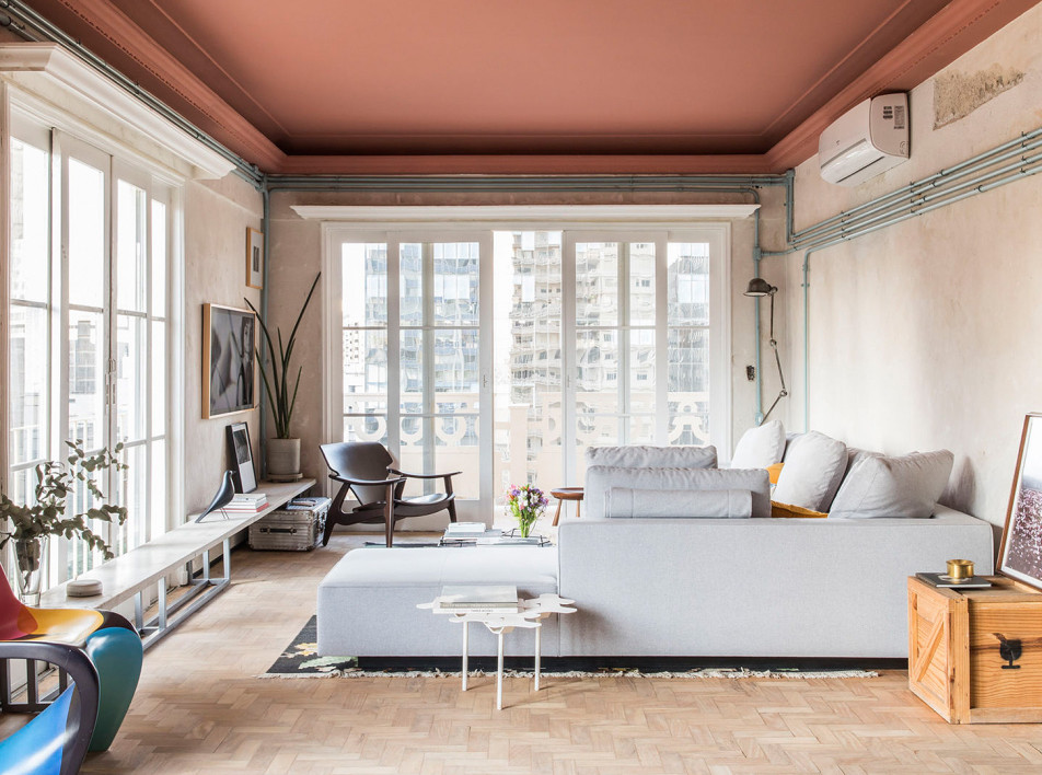 SuperLimão: артистичная квартира c розовыми потолками