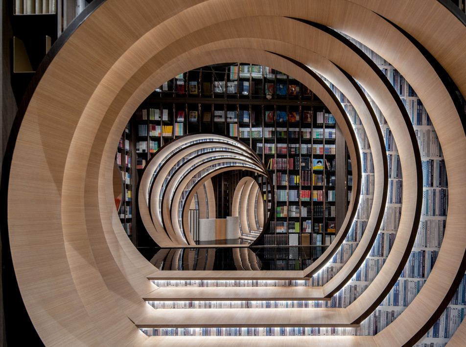 X + LIVING: книжный магазин в Пекине