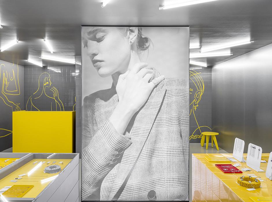 Гарри Нуриев: ювелирный магазин Avgvst в Екатеринбурге