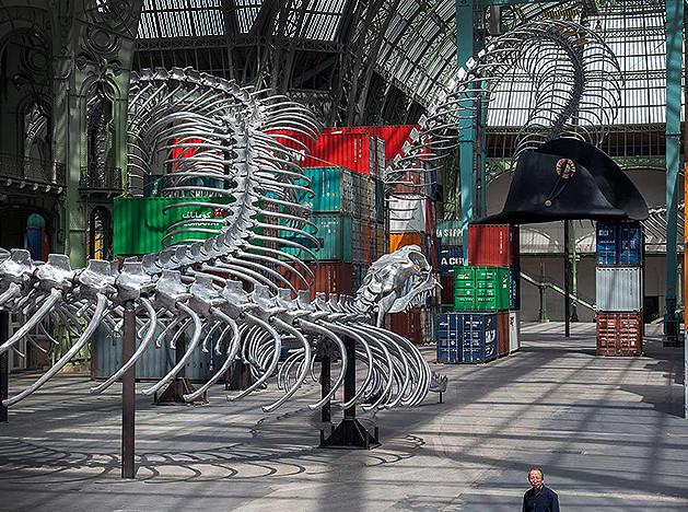 Рептилия Хуан Юн Пина в Париже