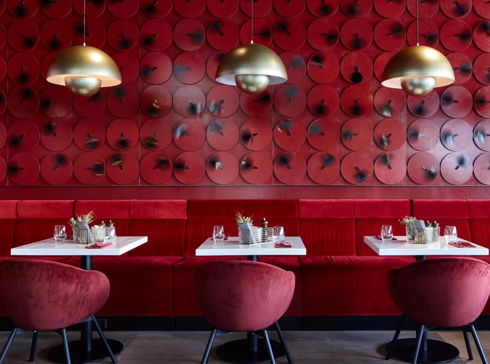 Ресторан «Пирог мясника» на Новом Арбате: удача Яны Холикбердиевой