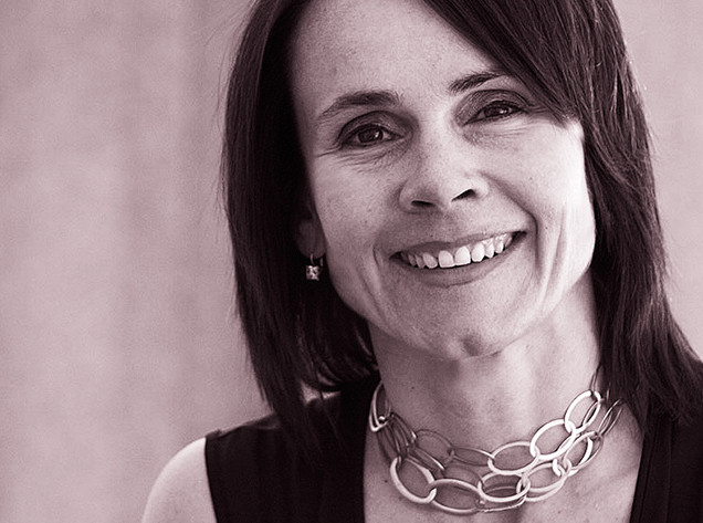 Моника Армани (Monica Armani): рациональный профессионал made in Italy