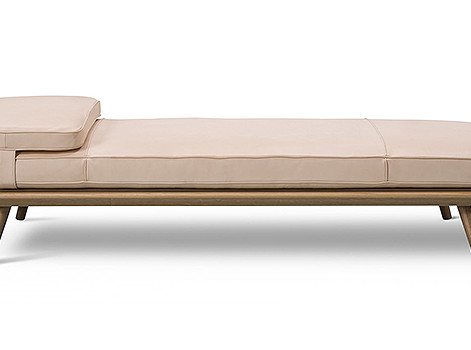Модная мебель: банкетки и лежанки