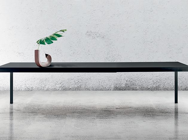 Жан Нувель и Казухиро Яманака: стол-трансформер и скручивающийся светильник