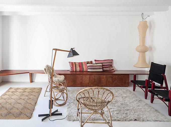 Квартира с минимумом мебели по проекту H30